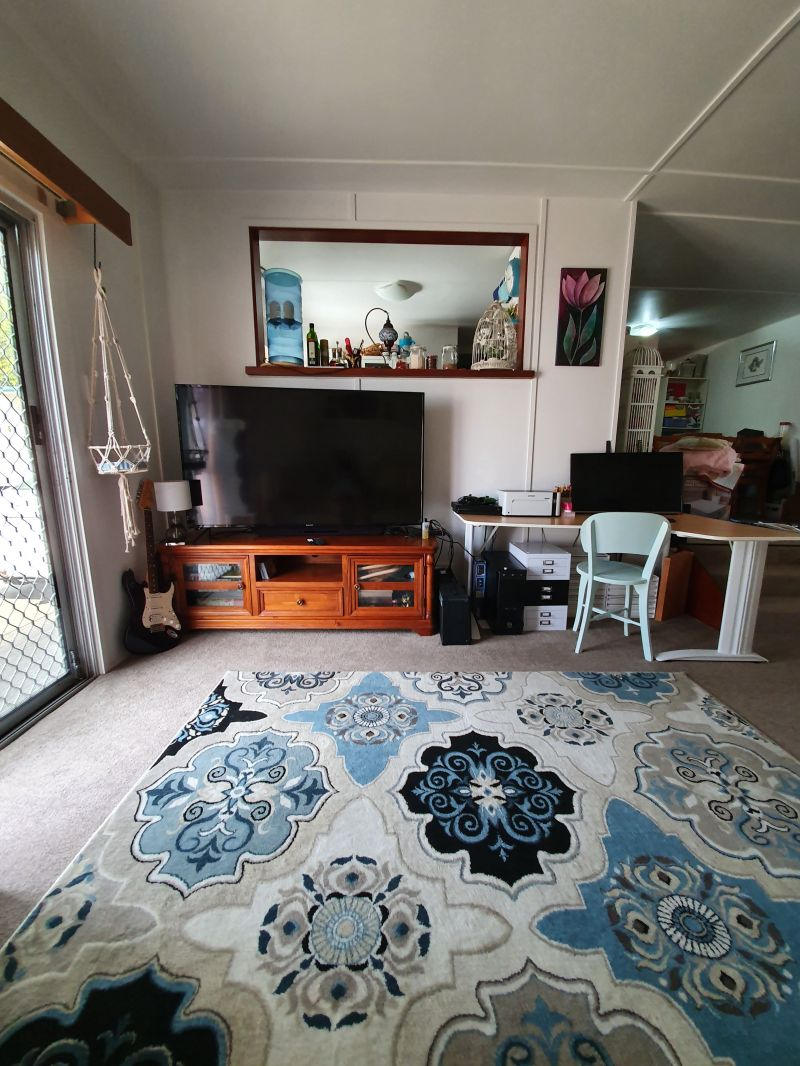 For Sale By Owner: 35 Goodfellows Road, Kallangur, QLD 4503
