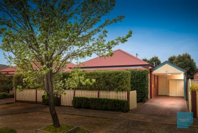 Character, Charm & Comfort In Chisholm!