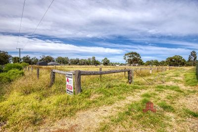 3-acre Blank Canvas on Hynes Road