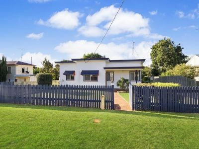 Recently Renovated + 1012m2 Block (2 Lots) + 6m x 6m Shed