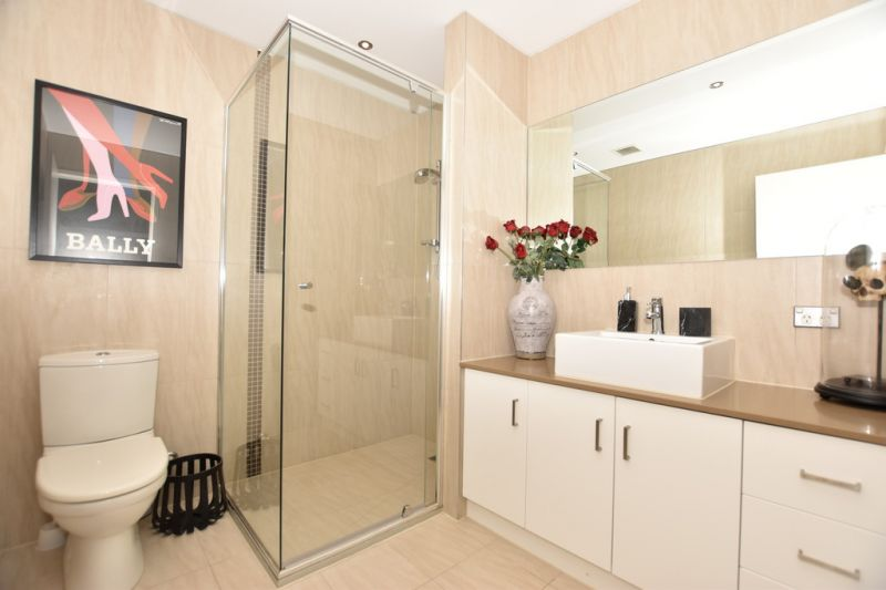 Spectacular Fully Furnished Double Storey Apartment!