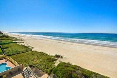 Absolute Beachfront Luxury 3 bedroom