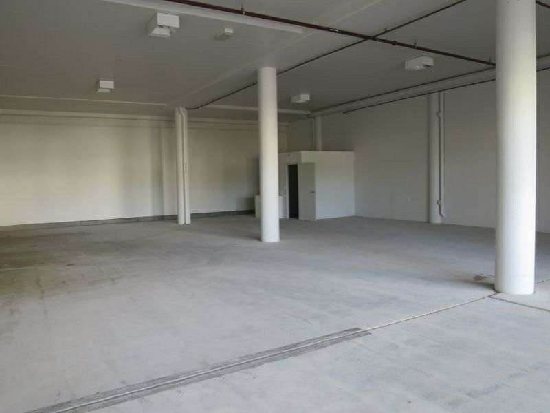 Impressive Modern Showroom In Browns Plains