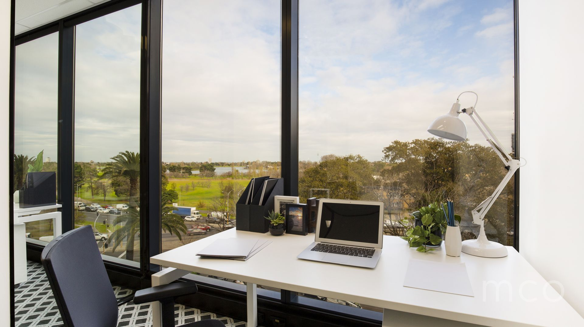 The perfect investment opportunity at St Kilda Rd Towers, in prime position with stunning views of Albert Park Lake