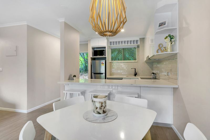 The Cream of Coral Coast Resort - Fully Renovated Apartment to the Highest Standards