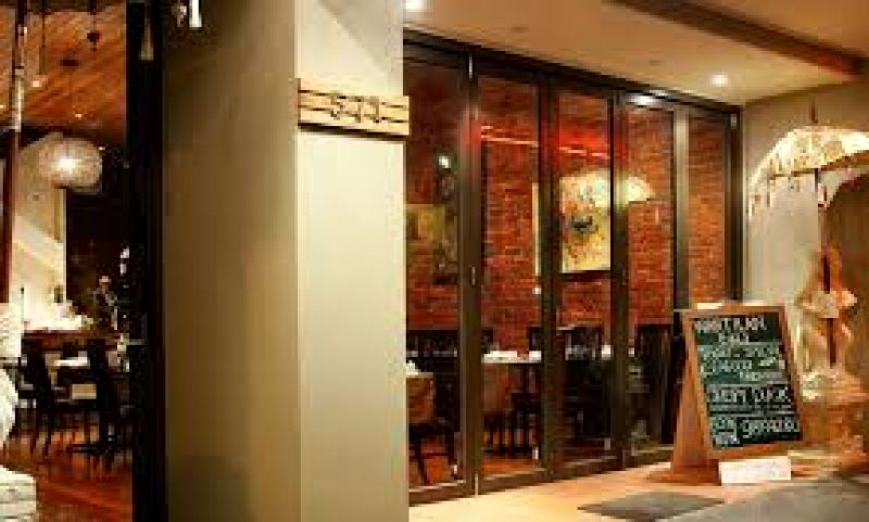 BUSINESS FOR SALE - BUSY ASIAN RESTAURANT @ TOP POSITION OF HAWTHORN