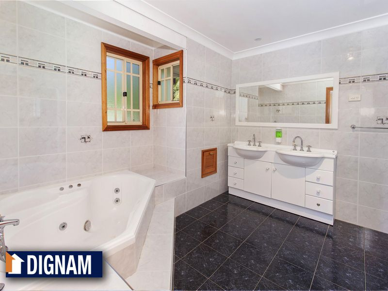 35 Bertram Close, Tarrawanna NSW