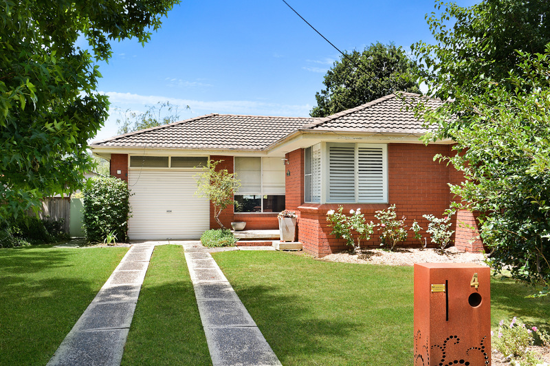 Outstanding Location – Walk to Shops and Cafes