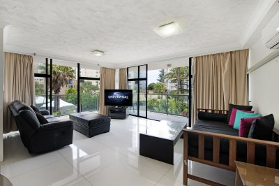 North East OCEAN VIEWS  - In the heart of it all - Furnished 2 bedroom