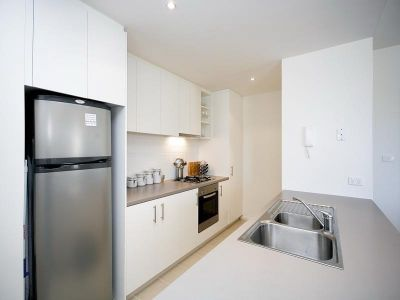 Delightful 2 Bedroom Apartment - Bonus 2 weeks' rent free