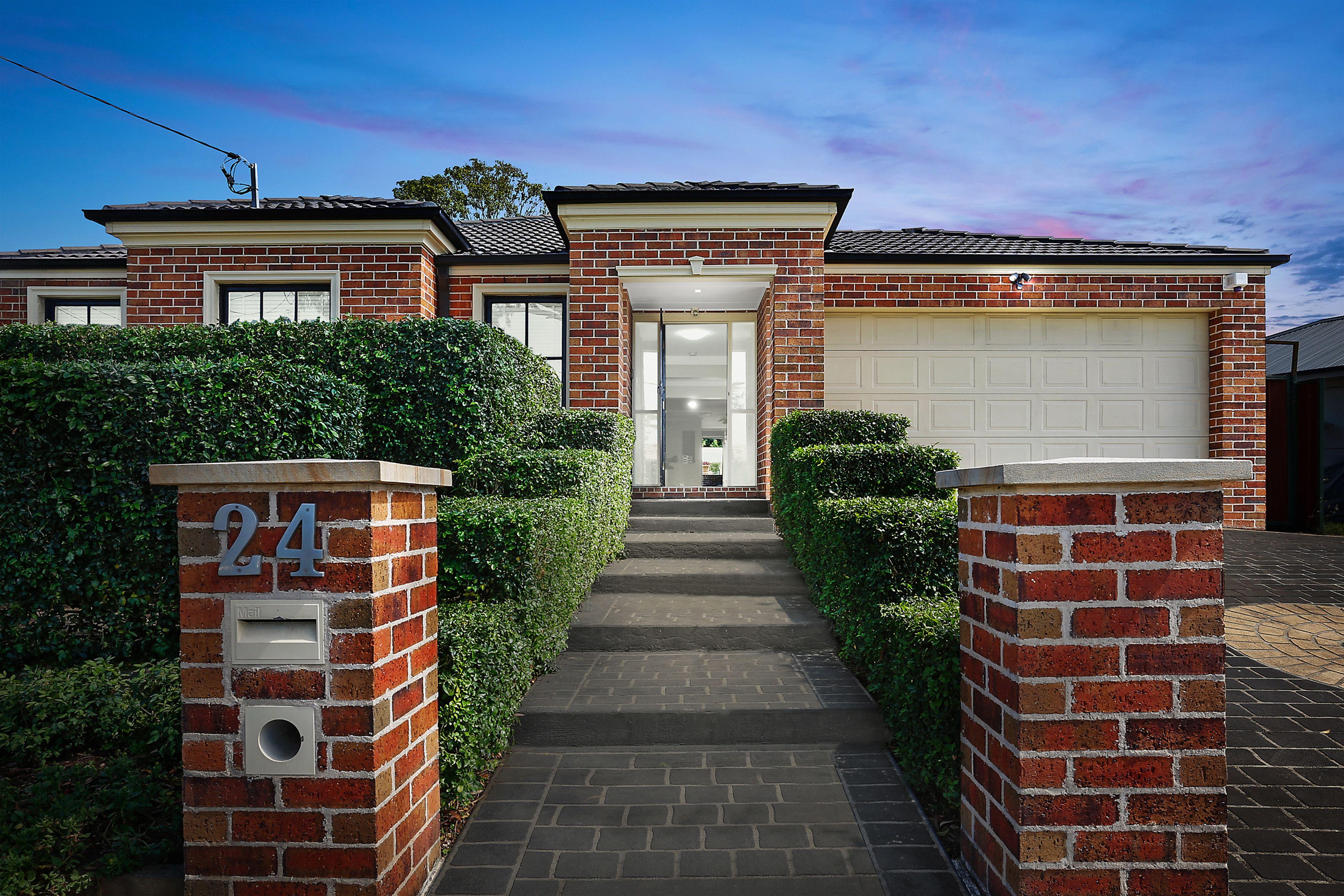 24 Kaluga Street, Busby NSW 2168