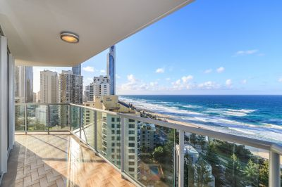 2 Bedroom Beachfront Apartment - Call For Information 0418 733 823 or SMS 0418 733 823