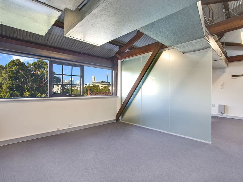 AVAILABLE NOW - Excellent office suite in the iconic 'Cooperage' building !