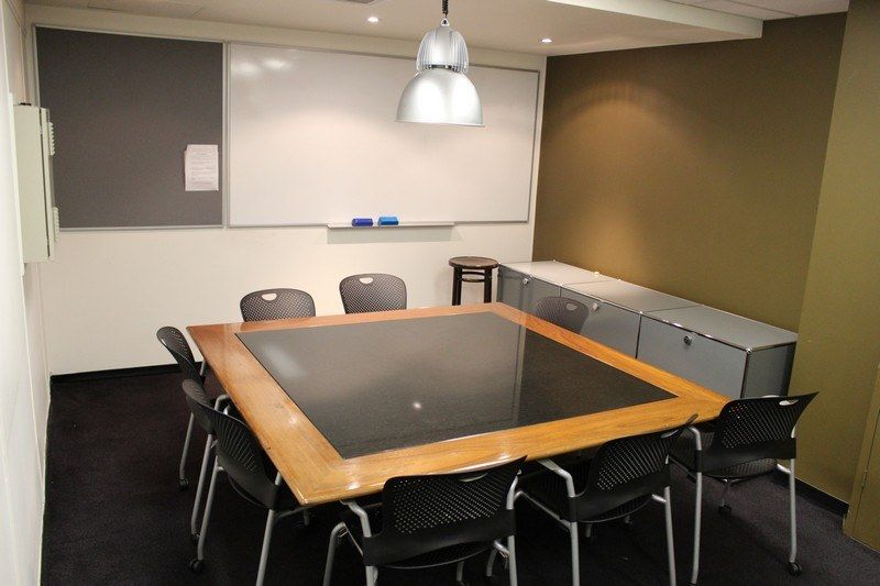 Great open plan Creative/Office space -100m from Central Station!