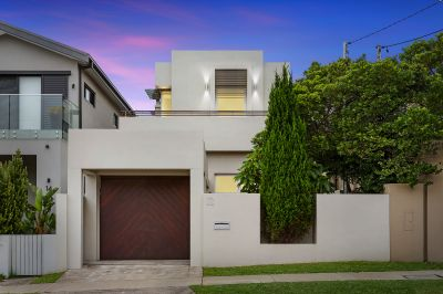 Beautifully Presented Family Home Offering Comfort & Space