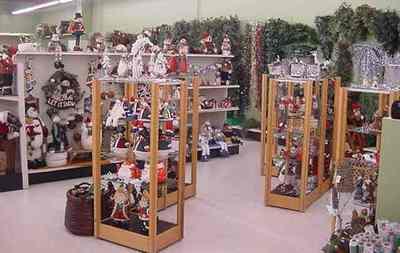 Handcrafts, Collectable Models & Tobacco Shop  – Ref: 10242
