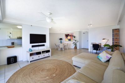 IMMACULATE APARTMENT! FACING DUE NORTH WITH IMPRESSIVE OCEAN VIEWS!