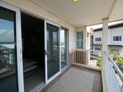 Executive Tri-Level Townhouse in Waigani