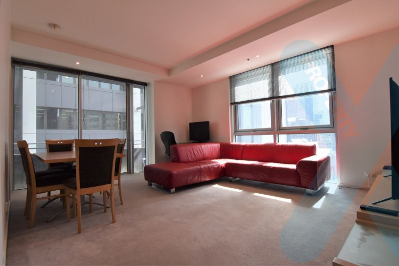 Furnished Two Bedroom on Collins- Convenient & Stylish