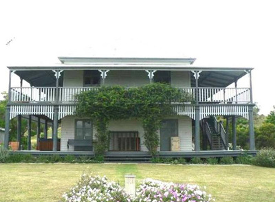 Marburg, Exectuive Excellence in this 4BR 2 Bathroom 2 Kitchen property on 100 Acres.