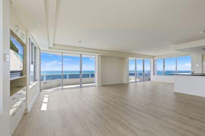 SUB-PENTHOUSE rare full floor apartment including Marina & Jetski Birth in 'Madison Point'