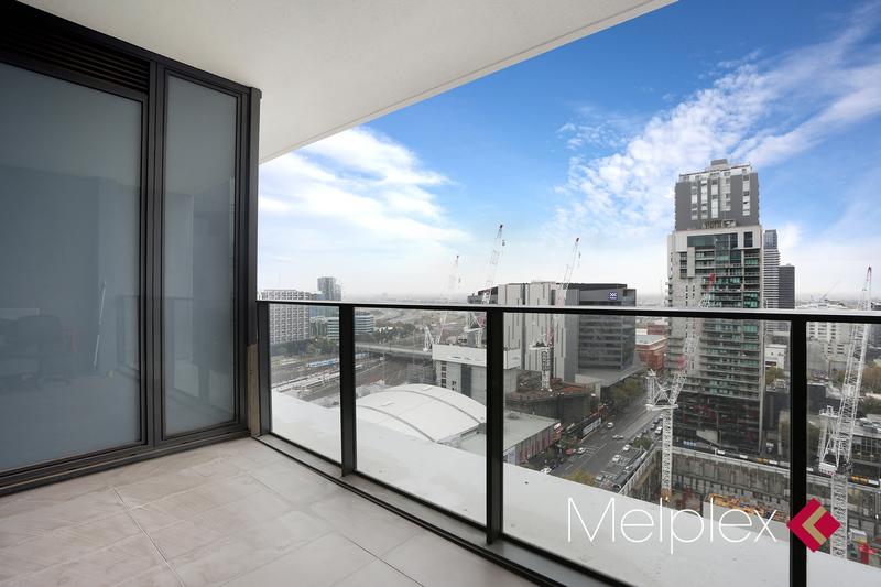 Upper West Side Opportunity: Symbol of Modern Living!