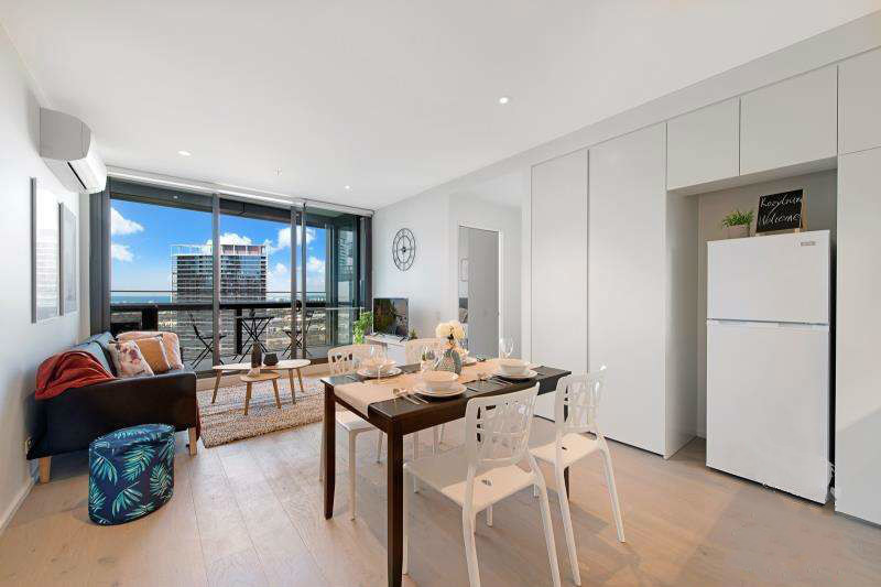 Amazing Two-Bed Fully-Furnished Apartment In Dynamic Docklands