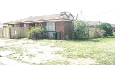 Neat and tidy brick veneer, located on a corner block