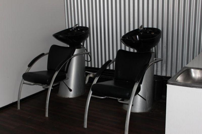 Hairdressing Salon - Mooroobool
