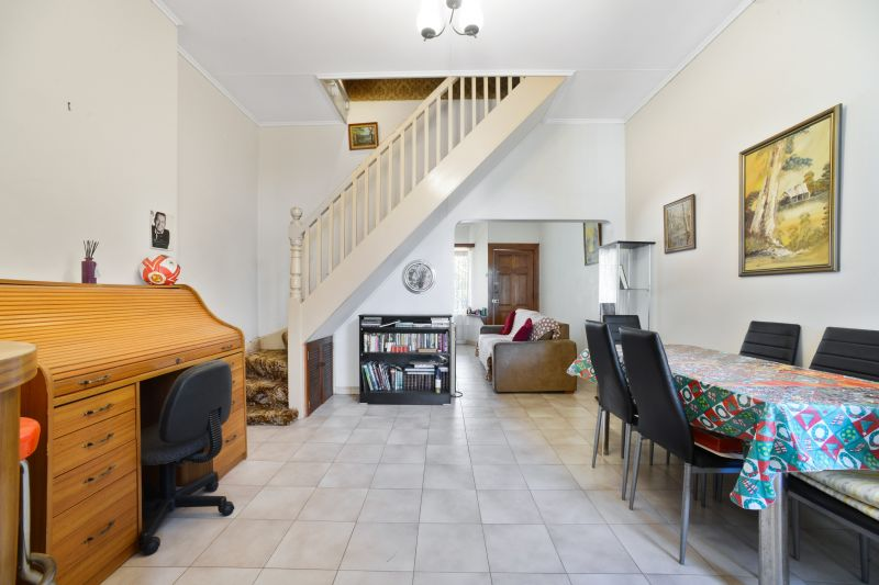 Terrace Style 2 Bedroom Home, Rear Lane Access, Zoned B2 View By Appointment
