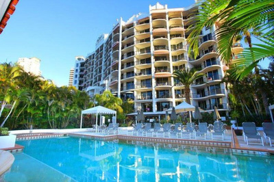 EXCELLENT 1 BEDROOM APARTMENT IN SURFERS PARADISE!