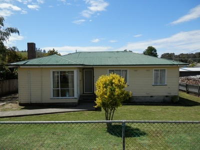 Three Bedrooms - Fenced Yard - Convenient Position