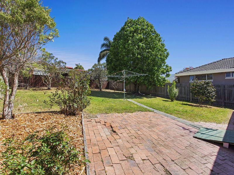 69 Hutton Avenue, Bulli NSW
