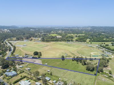 Combining a rural setting with a coastal location - 6.5 acres 10 mins from Burleigh Heads!