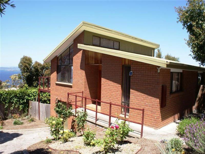 2/31 Coolamon Road