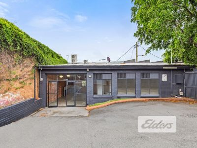 CREATIVE SELF CONTAINED TENANCY - OFFICE/RETAIL!