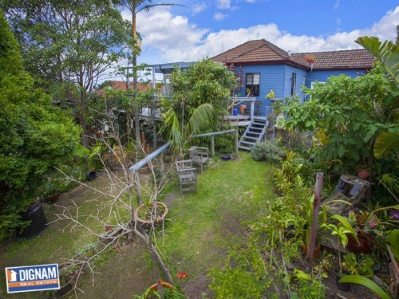 15 Cater Street, Coledale NSW