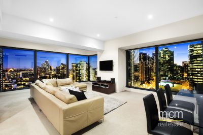 Rare 3 Bedroom Stunner in the Iconic Eureka Tower