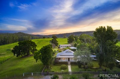 Magnificent Federation Homestead on Pristine Acreage ( 36.67 Ha / 90.6 Acres )