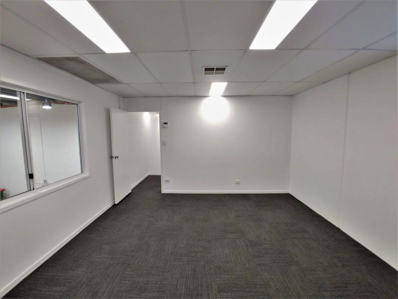 211m2* CANNON HILL INDUSTRIAL / OFFICE / RETAIL / SHOWROOM