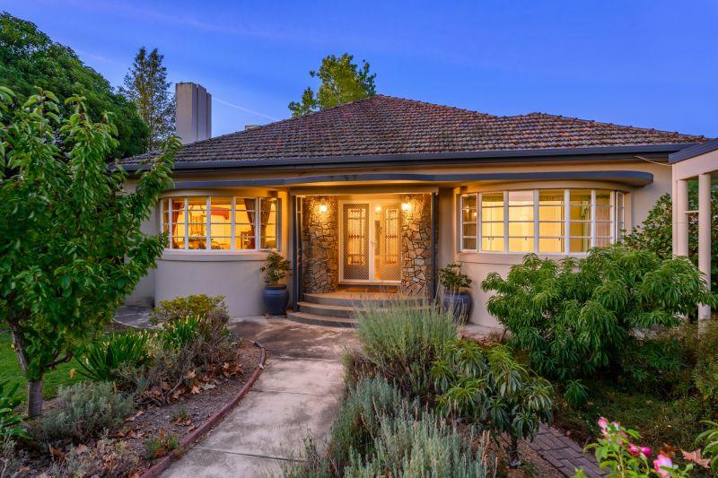 Stunning Art Deco Family Home