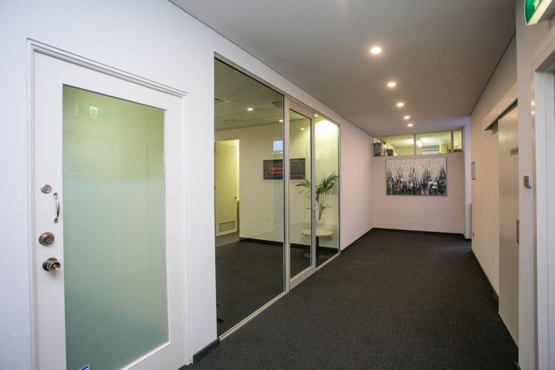 SMALL OFFICE WITH CAR BAY
