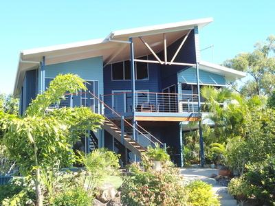 HIDEAWAY BAY, QLD 4800