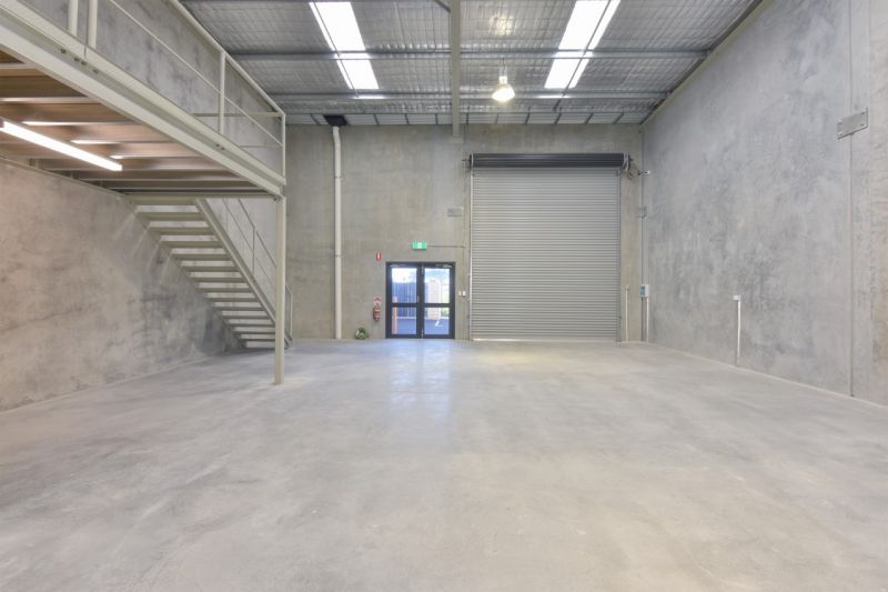 Compact Industrial Unit with Mezzanine