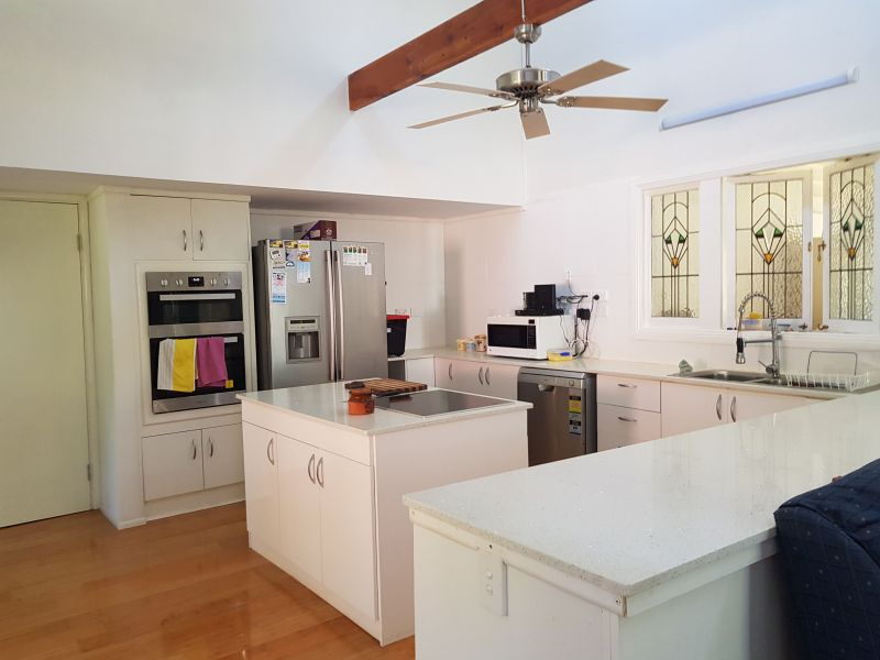 For Sale By Owner: 6 Richards Street, Loganlea, QLD 4131