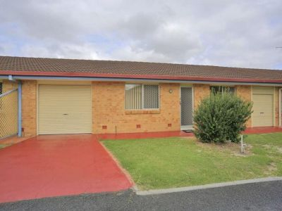 ATTENTION ASTUTE INVESTORS, FIRST HOME OWNERS, RETIREES!! CENTRAL UNIT PRICED TO SELL…