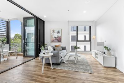Access via William Street = LUXURIOUS, CONTEMPORARY AND EXCEPTIONALLY LOCATED