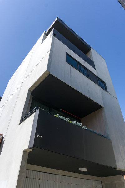 Architect designed modern apartment available for rent now…