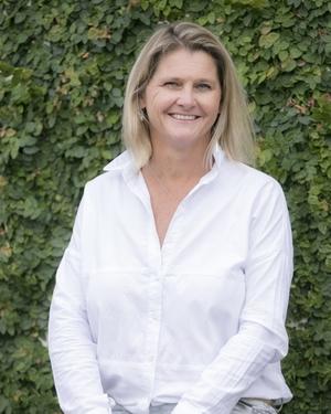 Ange Callan-Harris Real Estate Agent