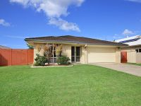 Spacious, modern home – urgent sale required